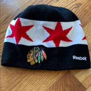 Blackhawks stadium series winter hat kids